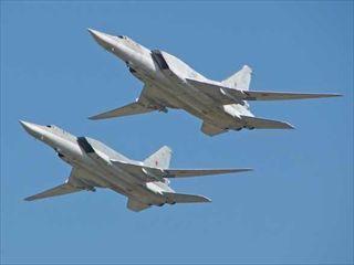 ロシア爆撃機_R.jpg
